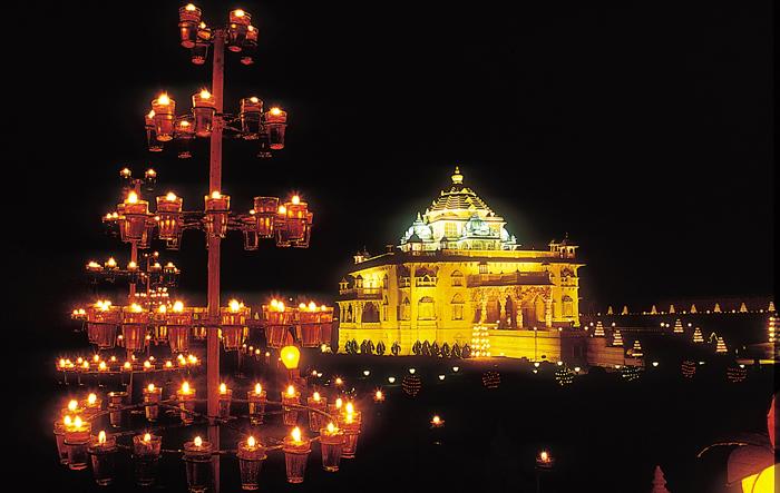 Akshardham Gandhinagar, BAPS Shahibaug Mandir, Bhadra Ganesh Mandir, Camp Hanuman not to reopen on 1st July