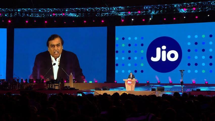 Mukesh Ambani announces roll out of Jio Giga Fiber from September 5