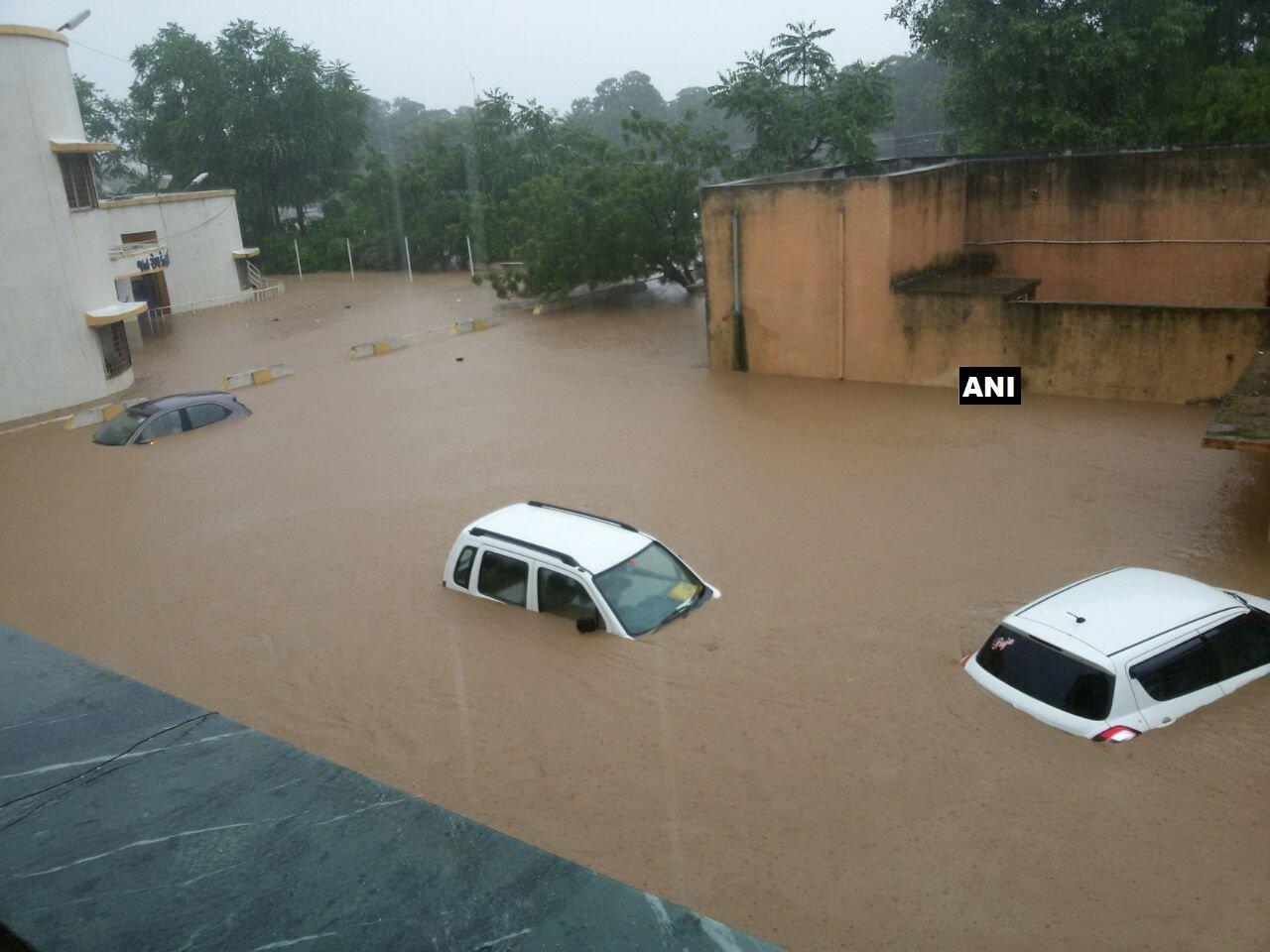 Some villages still water logged in Banaskantha two months after flood, 150 pumps on task