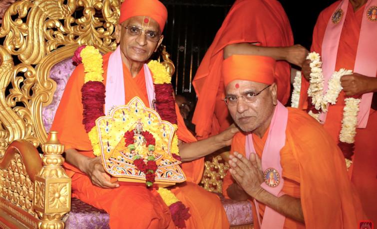 Maninagar Swaminarayan Gadi: Jitendriyapriyadasji Swami appointed spiritual successor of PP Swami