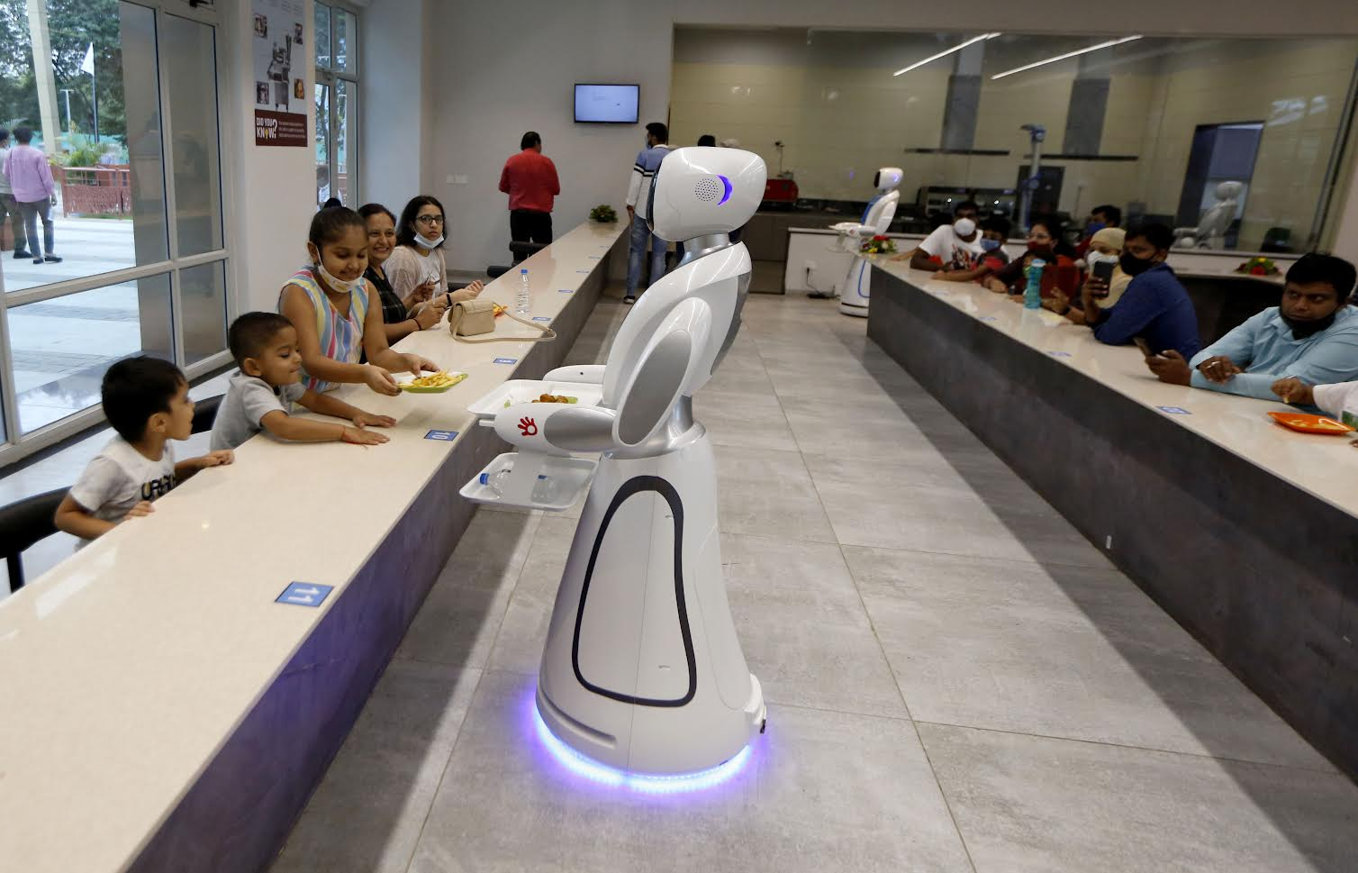Robot Cafe in Science City amazes visitors